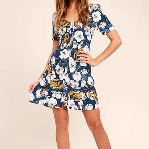 MinkPink Pacifico Tea Navy Blue Floral Dress Sz M